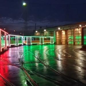 Két új villamos típussal indul Fényillamos Budapesten! Menetrend itt!